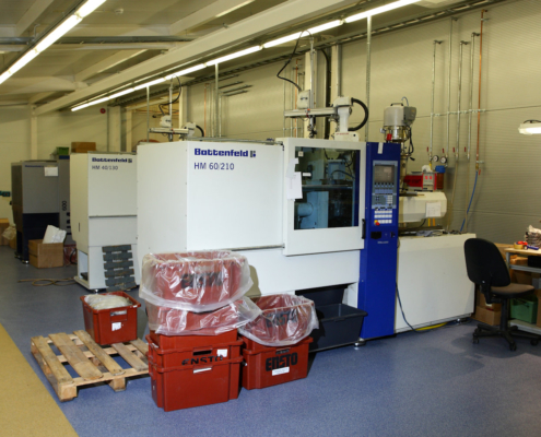 Dale injection moulding machines 3